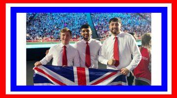 Boys and flag1